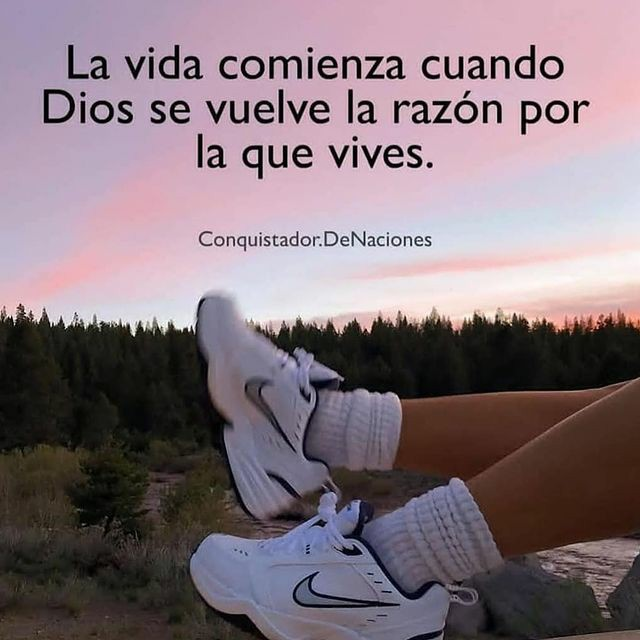 Frases de Semana Santa La vida comienza cuando Dios se vuelve la razón por la que vives
