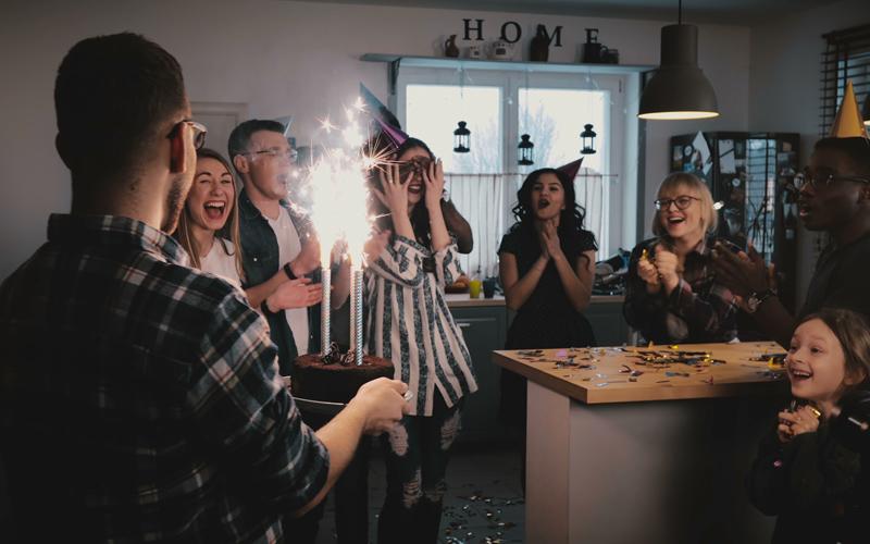 saludos de cumpleaños para dedicar sin miedo